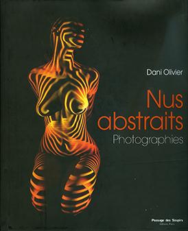 Nus abstraits